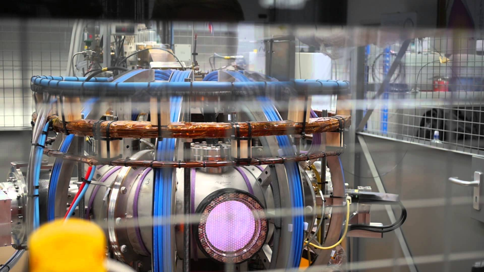 Slow Motion Plasma in the ST25